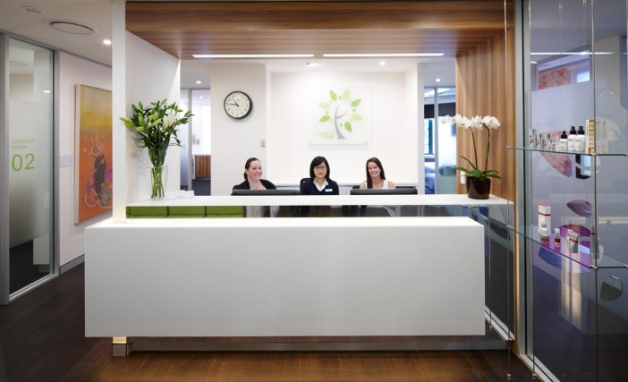clinic interior design - Medical clinic fitout - Surgery design ...