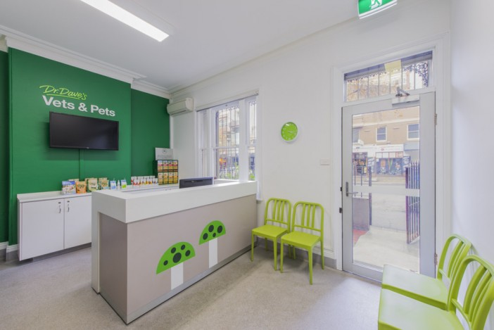 ... Veterinary Clinic Interior Design/vet Front Desk On  ...